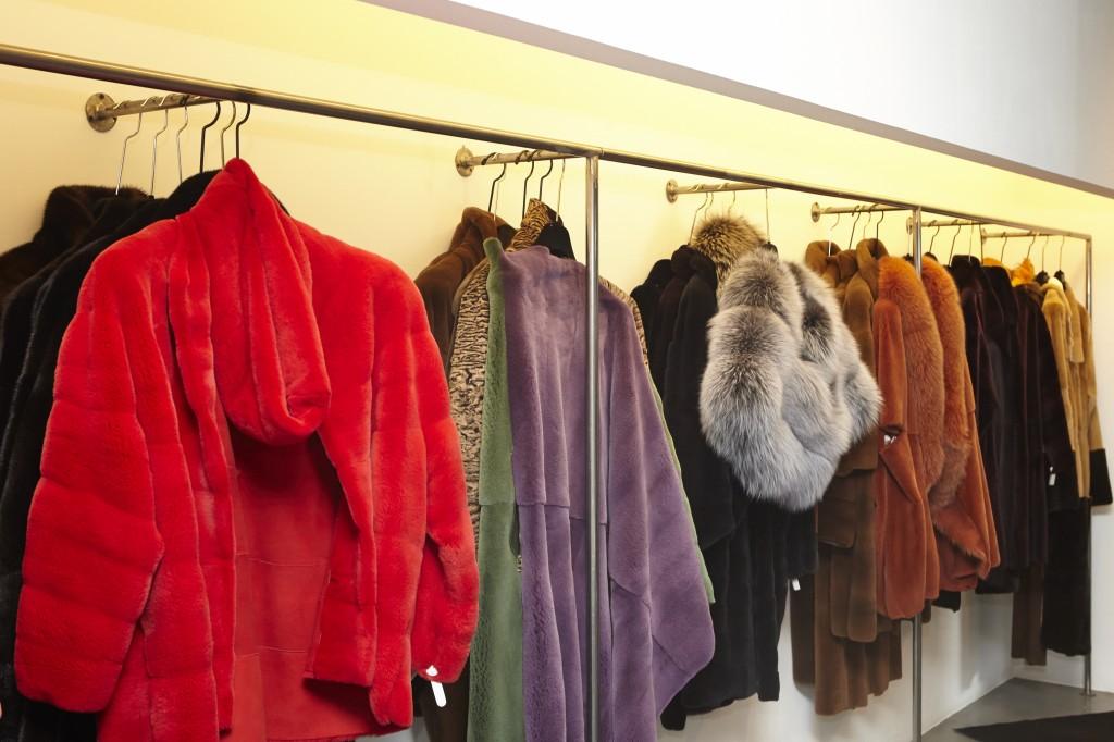 Detalle de los abrigos de ELENA BENARROCH