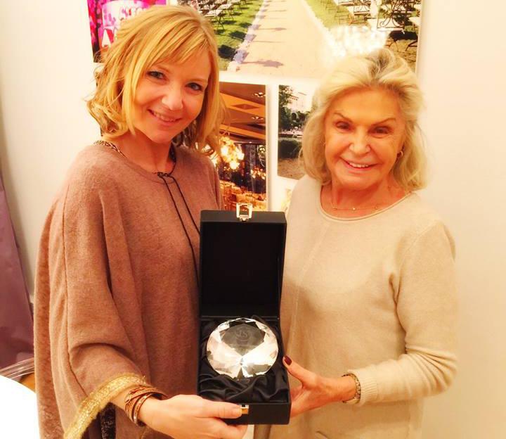 """Exclusive Weddings by Emy Teruel recibe como reconocimiento el """"Diamante a la Excelencia"""""""