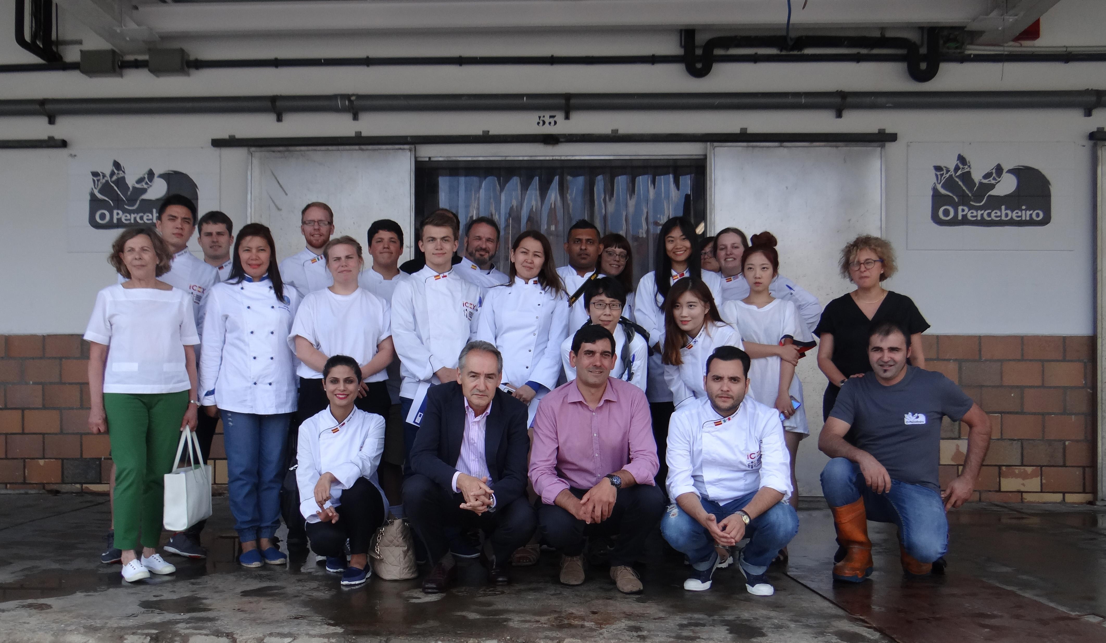 Cocineros internacionales descubren los productos de las Rías Baixas de la mano de O Percebeiro
