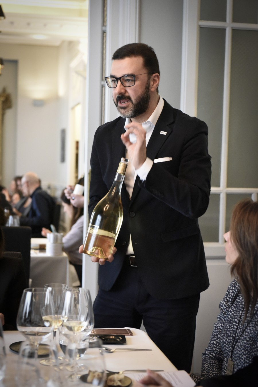 Fernando Mendieta de Bodegas Habla (Habla de Ti 2015 Sauvignon Blanc) 2