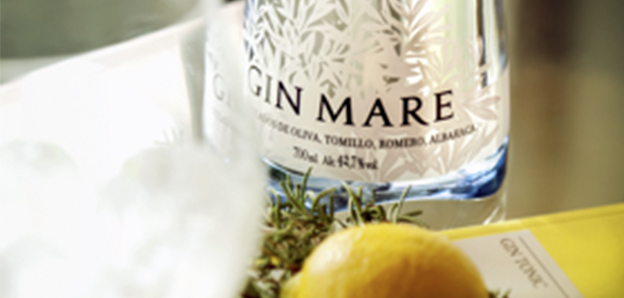 Gin-Mare-mejor-ginebra-Luxury-Spain