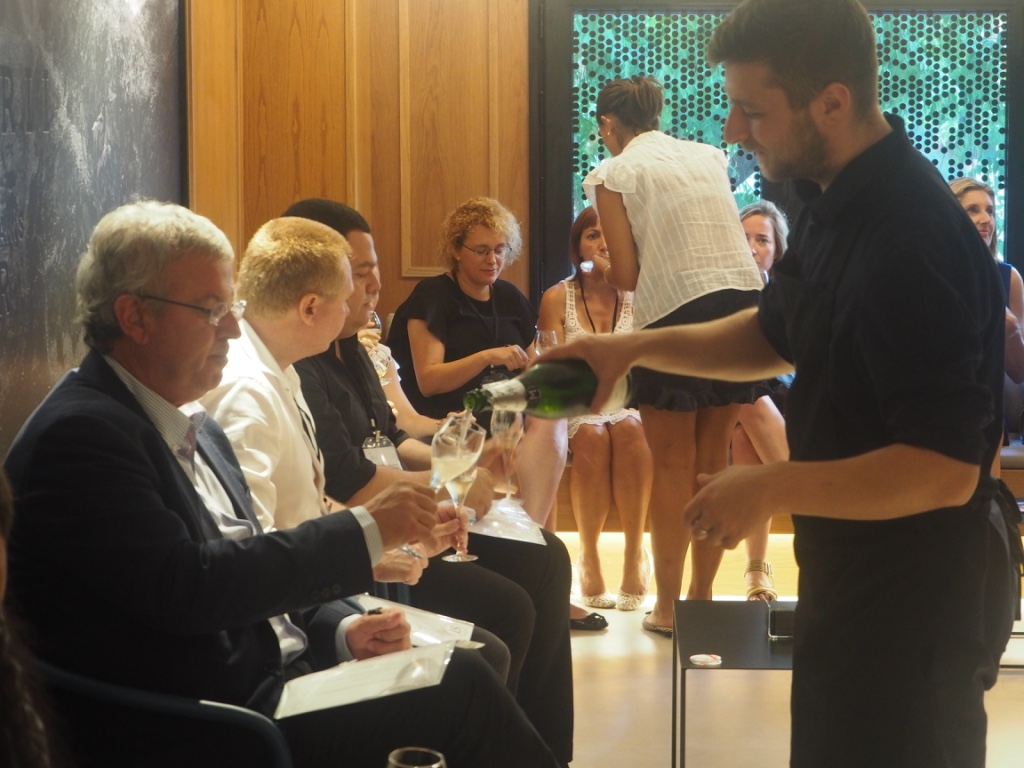 Asamblea-Verano-Cavas-Mestres-LuxurySpain