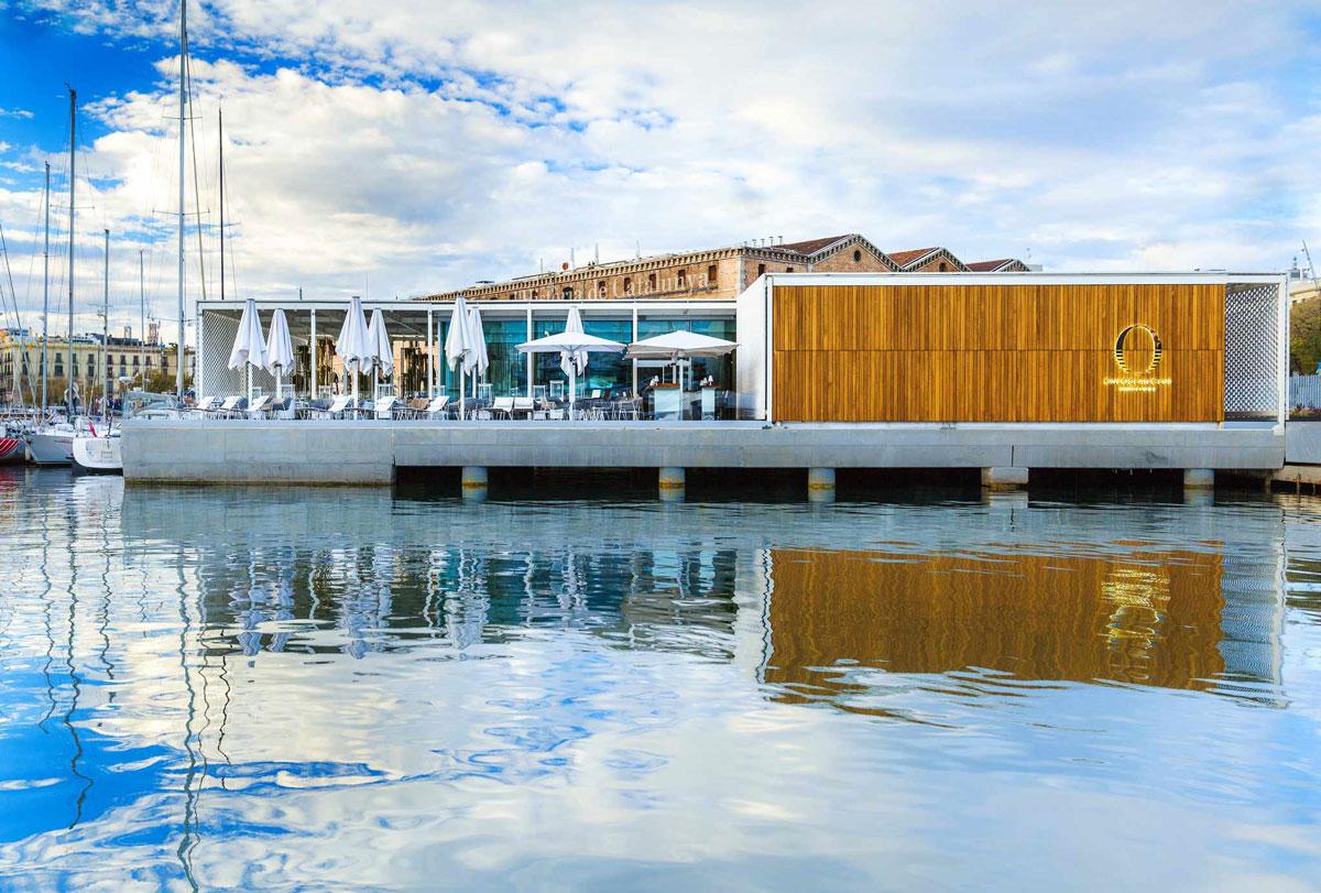 Degusta y disfruta del mejor skyline de Barcelona desde el OneOcean Club de Port Vell   Luxury Spain