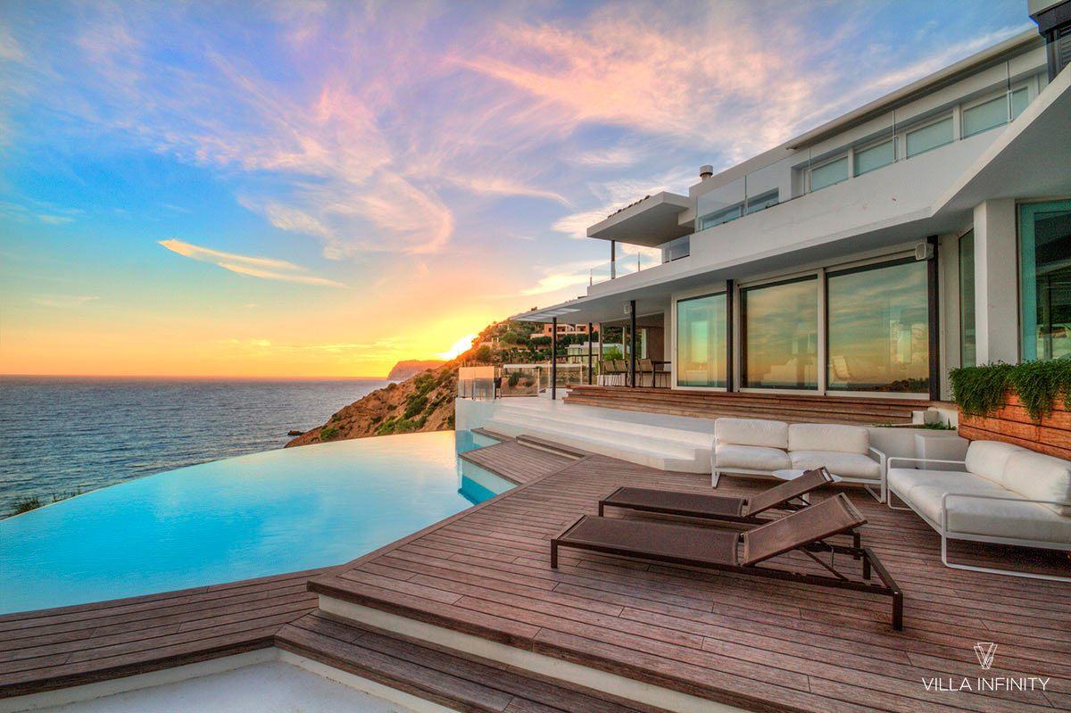 Descubra Ibiza en invierno, en un lugar idílico como Villa Infinity