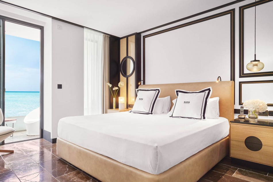 Bless-Hotel-Ibiza-habitacion-LuxurySpain