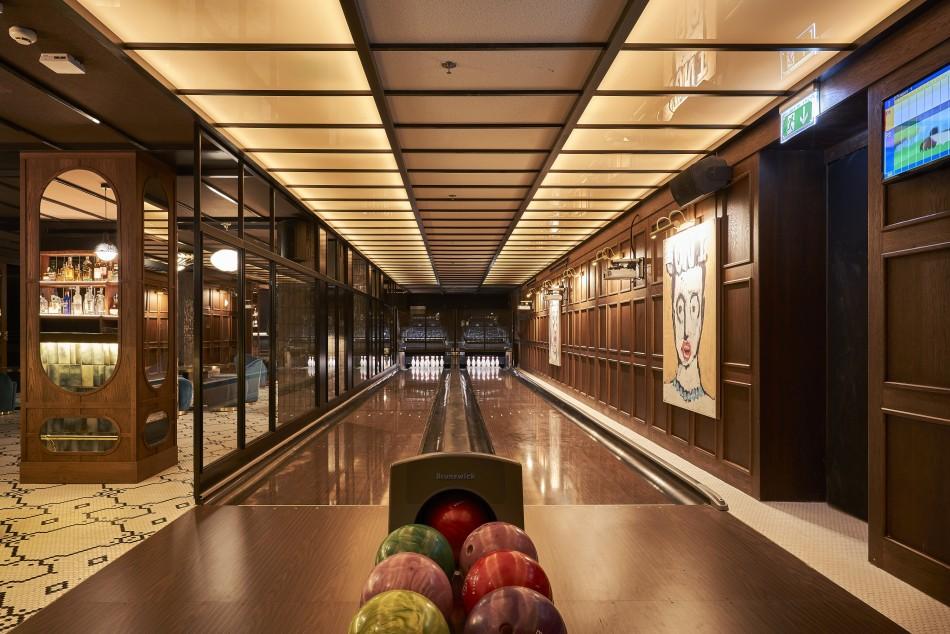 BLESS-Hotel-Madrid-Feten-Clandestine-Bar-LuxurySpain