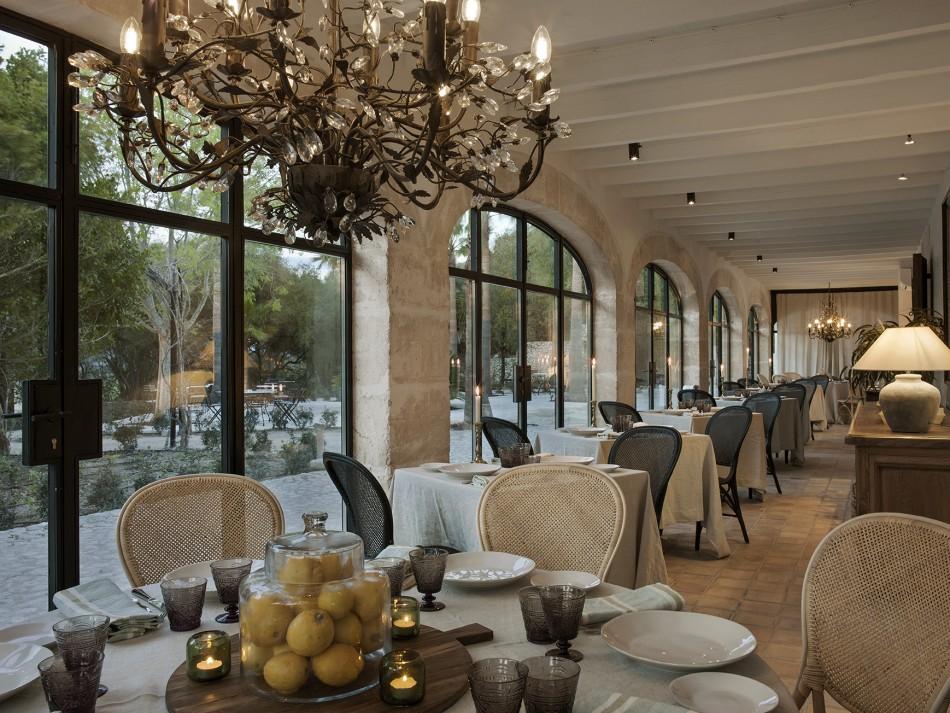 Villa-Serena-Mallorca-Jacaranda-restaurante-LuxurySpain