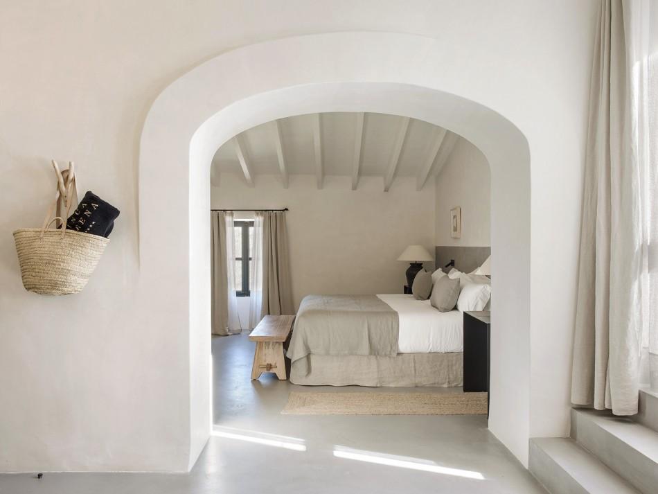Villa-Serena-Mallorca-suite-LuxurySpain