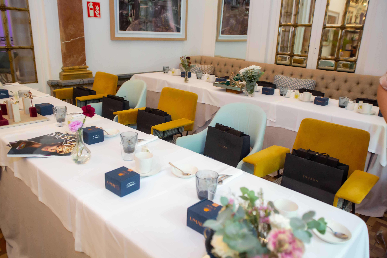 Luxury Spain Diplomatic Women_1